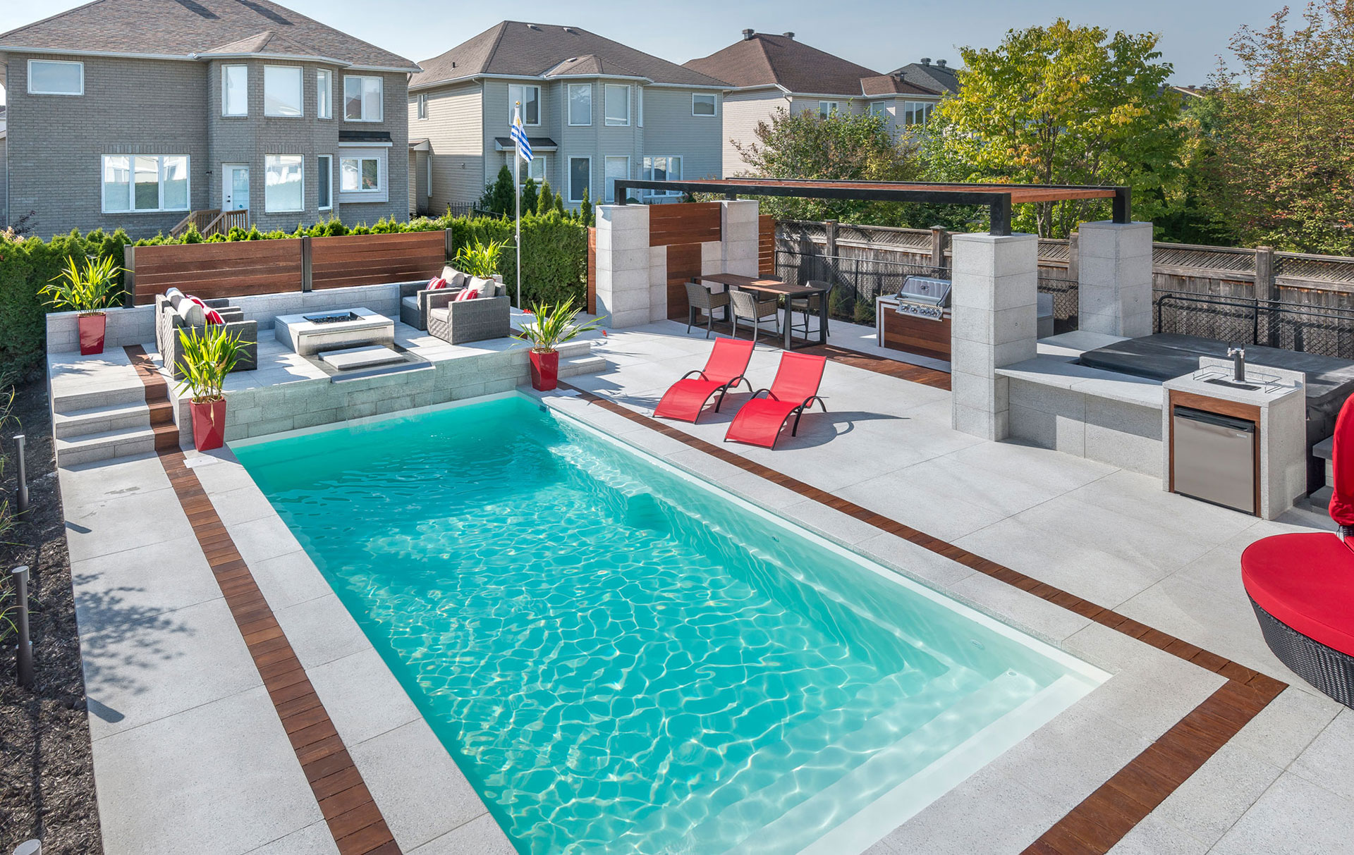 aquarino nouveau standard pour piscines creus es en fibre de verre. Black Bedroom Furniture Sets. Home Design Ideas