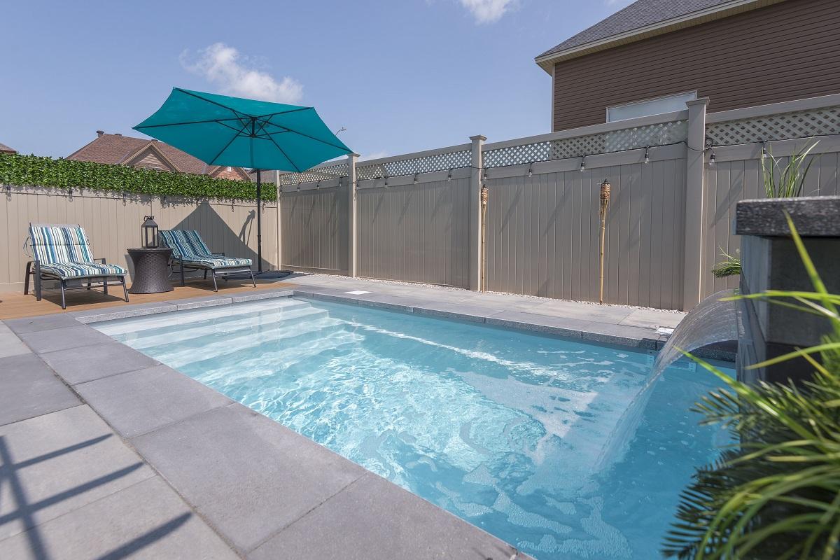 Dalle De Protection Piscine 5 choses à savoir avant l'installation d'une piscine creusée